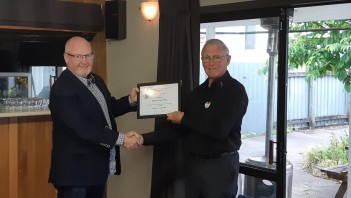 Alastair Hall (left receiving his 20 Year Fidelity Certificate from Les Sharp R3 Chairman)